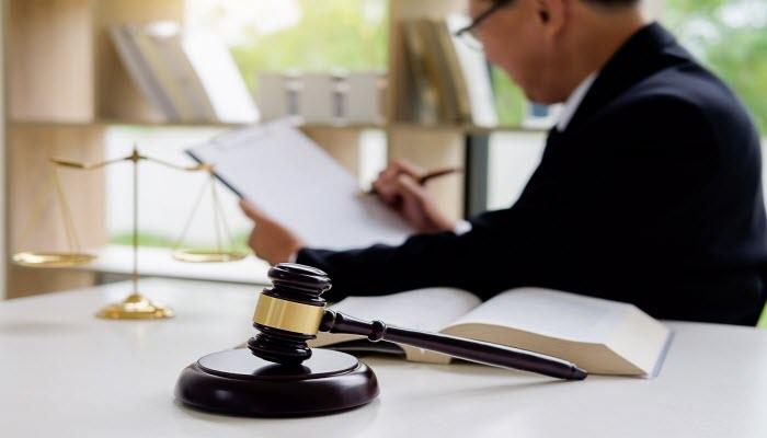 Lawyers Help Desk